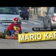 【海外動画】公道でリアルマリオカートやってるおっさんが面白いwww